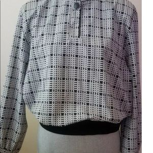 Vtg 80s Button Up Banded long sleeve notations